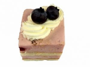 Bavaroise cake petitfour €1,85 p.st.